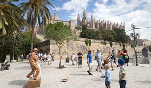 Hotelarze krytykują decyzję lokalnego rządu. Obawiają się, że turyści przestaną jeździć na Baleary