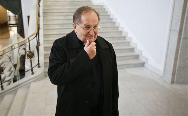 PO: PiS chce spłacić kredyt wyborczy u Tadeusza Rydzyka
