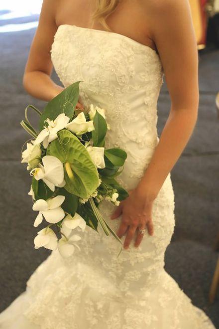 Ślubne dodatki: bolerka, futra, etole...