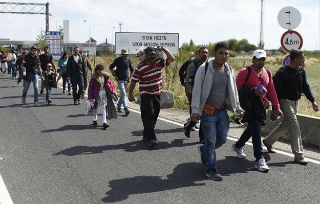 """Polacy podzieleni w sprawie uchodźców: """"Boję się inwazji na naszą kulturę, wiarę, zwyczaje"""""""