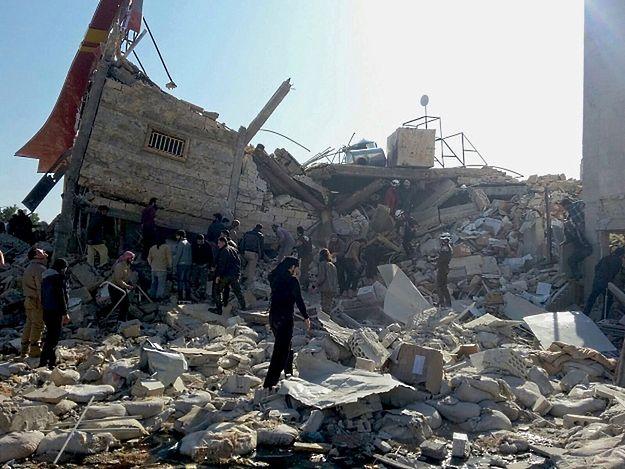 Tragiczny bilans ofiar ataków na szpitale i szkoły w Syrii