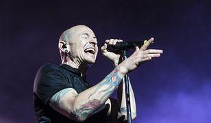 Znamy oficjalną przyczynę śmierci Chestera Benningtona. Lider Linkin Park popełnił samobójstwo