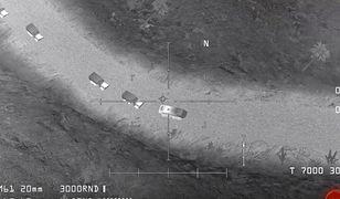 """Fragment gry """"AC-130 Gunship Simulator: Special Ops Squadron"""", który miał być dowodem na współpracę USA z Państwem Islamskim."""