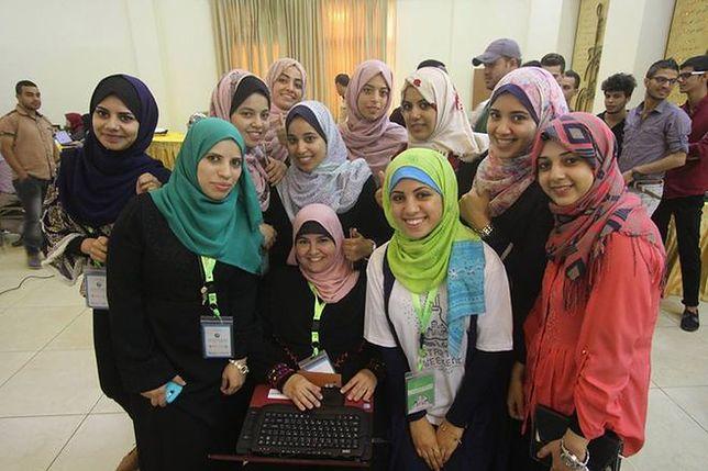 Biznes przy dźwięku spadających bomb. Kobiety liderkami w Strefie Gazy