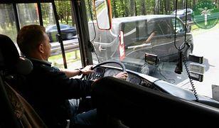 Inspektor ITD wsiadł za kierownicę zastępując kierowcę, który przekroczył czas pracy
