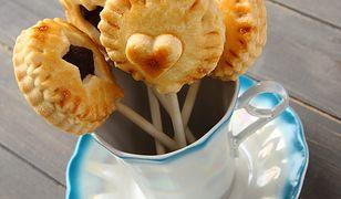 Nietypowe lizaki, czyli ciasteczka na patyku