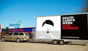"""Projekt mobilnego billboardu akcji """"German Death Camps"""", który ruszy m.in. pod siedzibę ZDF"""