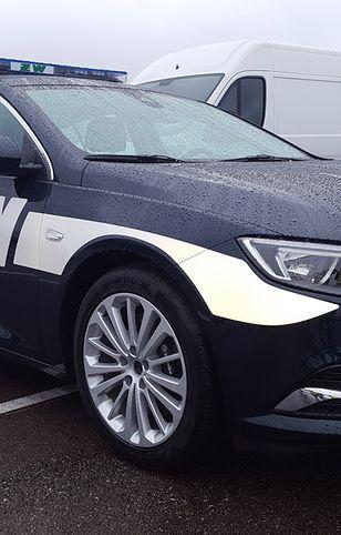 Jedno z nowych aut Żandarmerii Wojskowej, najmocniejszy Opel Insignia