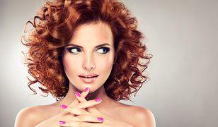 Fryzury półdługie - idealna długość dodająca uroku i kobiecości