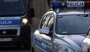 Tajemnicza śmierć w Kostrzynie. Ciało 22-latka w mieszkaniu