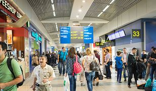 Czas na lotnisku czasem dłuży się niemiłosiernie, ale gdy dobrze się rozejrzysz możesz zaobserwować mnóstwo ciekawych sytuacji