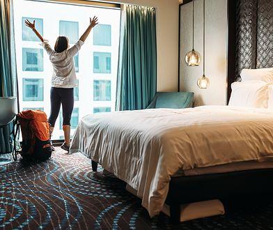 P25 + Cz35 + Ł10 + C2 + B + Ś + D7 + S + W + ½N = idealny pobyt w hotelu