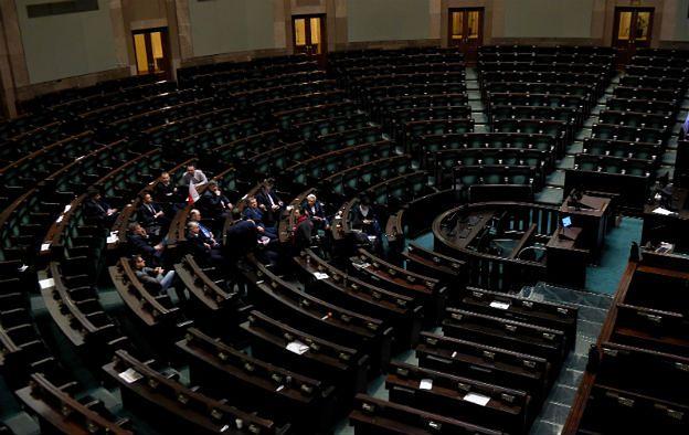 PO zawiesiła protest w Sejmie. Przerwa w obradach Sejmu do 25 stycznia