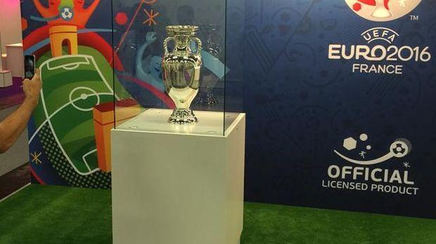 EA nie zrobi gry poświęconej UEFA EURO 2016. Licencję przejęło Konami - wydawca PES 2016