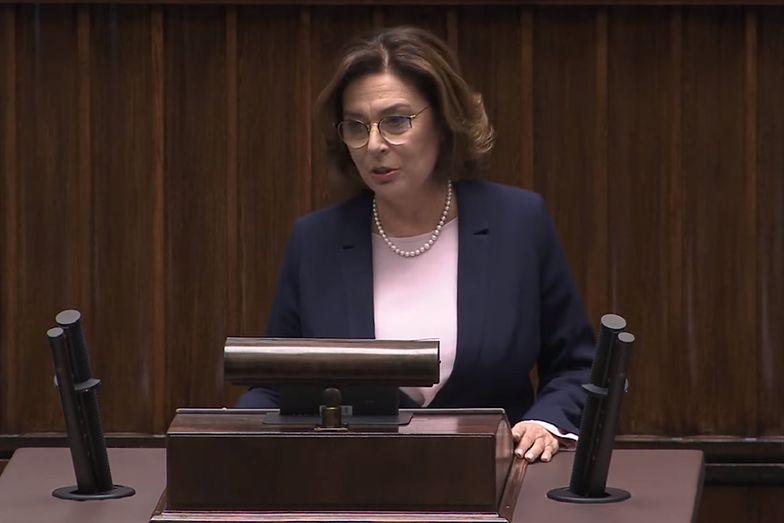 Małgorzata Kidawa-Błońska, kandydatka Koalicji Obywatelskiej na prezydenta, zdecydowała się zawiesić swoją kampanię.
