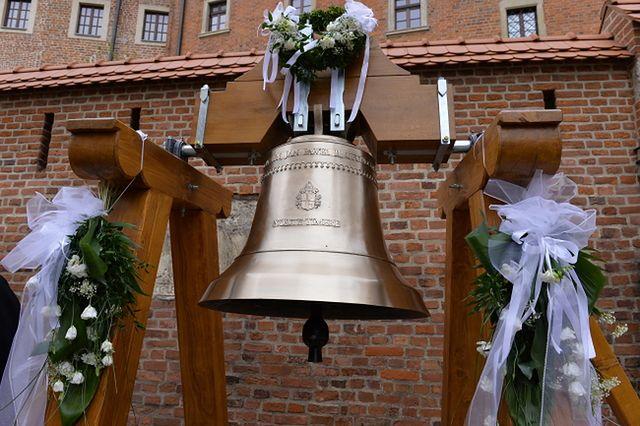 """""""Jan Paweł II"""" dotarł na Wawel - zobacz zdjęcia"""