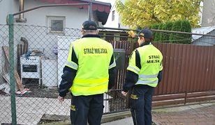 Strażnicy nie potrzebują żadnego szczególnego upoważnienia, by wejść na posesję