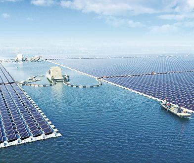 W Chinach ruszyła największa na świecie pływająca elektrownia słoneczna
