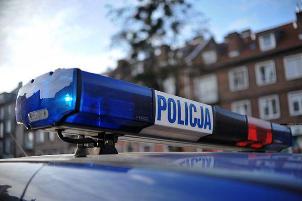 Policyjny pościg przez Niemcy i Polskę zakończony dachowaniem