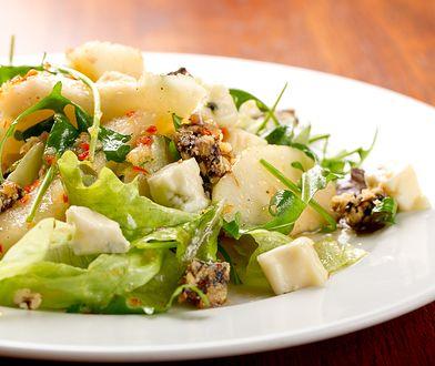 Sałatka z kurczakiem, gorgonzolą i gruszką
