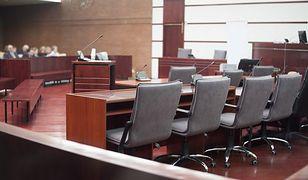 Sala sądowa przed rozprawą