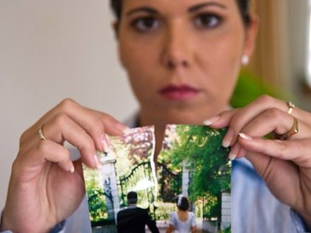 Jak przeżyć rozpad związku? Kilka ważnych zasad!