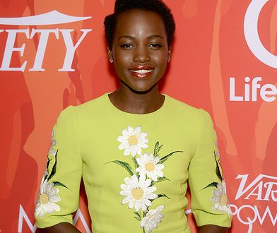 LOOK OF THE DAY: Lupita Nyong'o w sukience Dolce&Gabbana