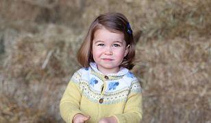 Moda dla młodziutkiej damy według księżniczki Charlotte