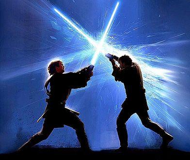 """Hasło """"niech moc będzie z tobą"""" było z nimi do końca. W Warszawie skradziono 100 mieczy świetlnych"""