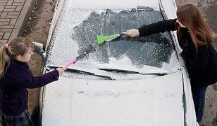 Zima zabójcza dla szyb samochodowych