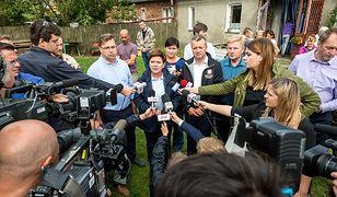 Na zdjęciu premier Beata Szydło podczas konferencji prasowej w dotkniętej nawałnicą Małej Kloni koło Gostycyna.