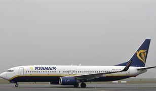 Ryanair podnosi opłaty