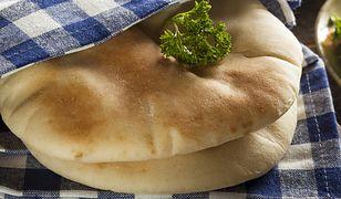 Prosty przepis na chlebki oliwne z patelni