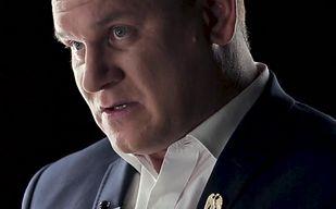 Tarczyński ujawnia prawdę o słynnym zdjęciu w futrze jenota. Zaskakujące wyjaśnienie