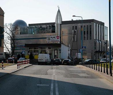Ochota: nocny atak na ośrodek muzułmański. Budynek obrzucony kamieniami