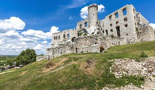 Zamek Ogrodzieniec - co skrywa jego wnętrze?