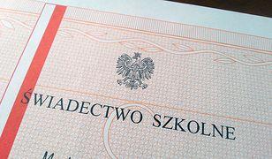 Gdańskie gimnazjum wydało nieważne świadectwa. Absolwenci mogą mieć problem z przyjęciem do liceum czy technikum