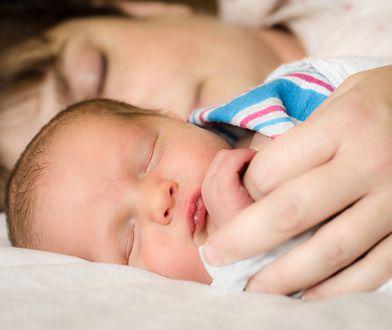Mama i dzieko, niemowlę