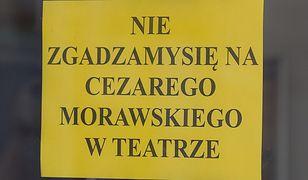 Protest aktorów i pracowników Teatru Polskiego we Wrocławiu po wyborze Cezarego Morawskiego na nowego dyrektora teatru.