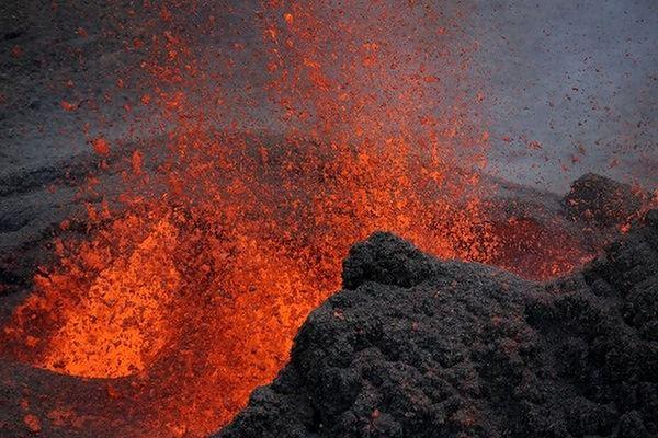 Cztery główne wulkany Islandii szykują się do erupcji