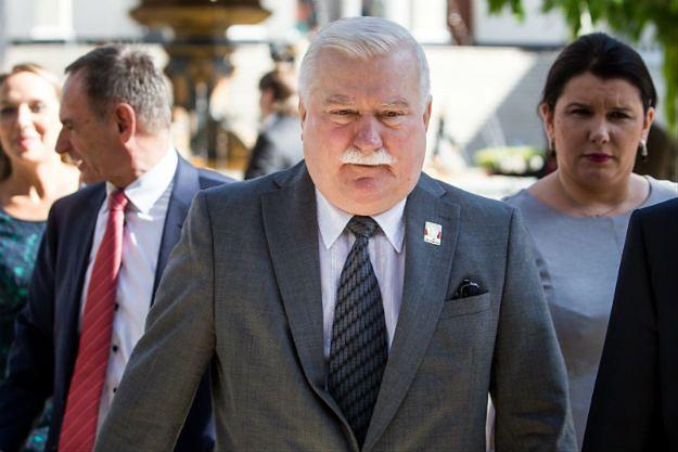 Stowarzyszenie Internowanych i Represjonowanych chce, by Wałęsa oddał pieniądze za Nobla