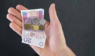 Pieniądze mają na sobie więcej, niż myślimy.