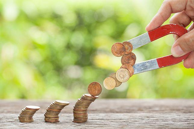 W Neapolu skonfiskowano 900 monet o nominale 2 euro. Miały trafić do kasy w lodziarni