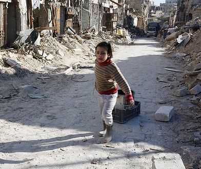 """Rząd odmawia przyjęcia 10 sierot z Aleppo, internauci ostro reagują. """"Hańba"""""""