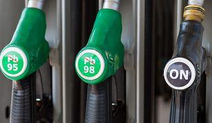 Trzeci tydzień spadków cen paliw