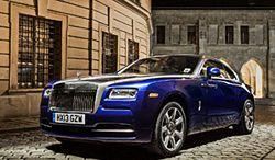 Rolls-Royce podwoił sprzedaż w Polsce. Kto kupuje takie auta?