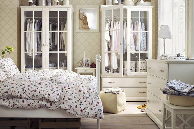 Szafa w sypialni - jak ją zorganizować i wyposażyć?