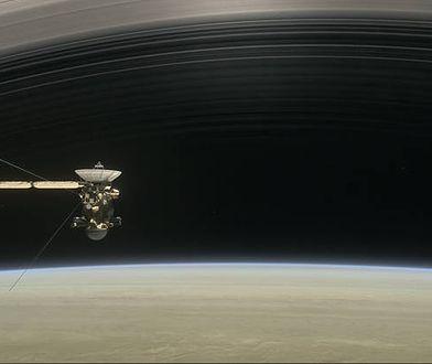 Wizualizacja sondy Cassini na orbicie Saturna