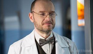 """""""Na dobre i na złe"""" odcinek 668 - nowy dyrektor szpitala w Leśnej Górze. Czy zdoła uratować placówkę?"""