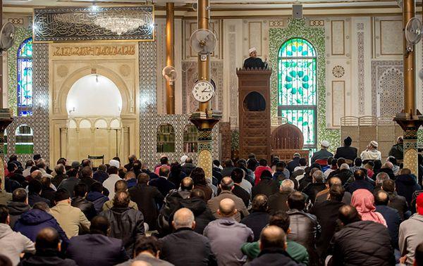 W głównym meczecie Brukseli uczczono pamięć ofiar zamachów